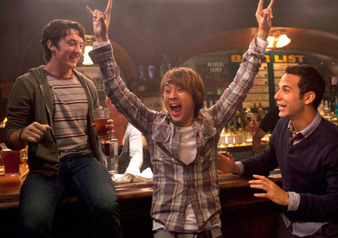 Miller (Miles Teller), Casey (Skylar Astin) and Jeff Chang (Justin Chon) celebrate 21.